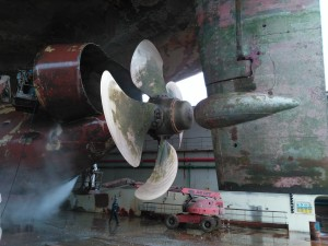 High Pressure Hull Washing 500 Bars